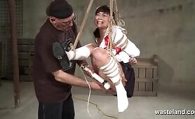 Completely Immobilized Brunette Teen In Sex Swing Fingered And Vibed Hard